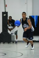 IMG_1811_older players scrimmage (Copier)